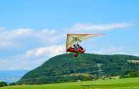 Comit� r�gional ULM PACA (ULM [Ultra-l�ger motoris� ? Ultra light motorised gliders] PACA [Provence-Alps-C�tes d'Azur] Regional Committee)