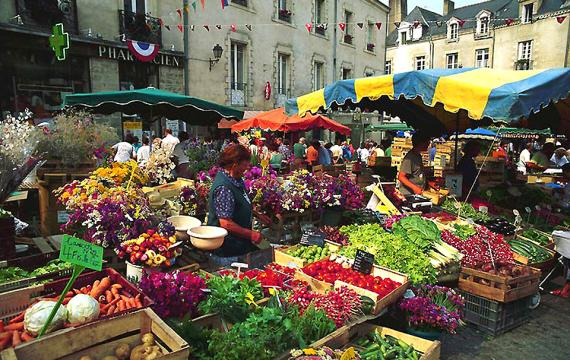 Early fruits and vegetables, France