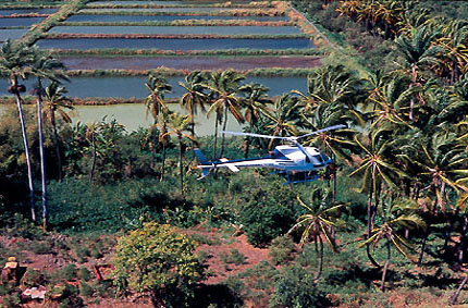 Discovering the island by helicopter
