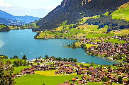 Lake Lungern, Switzerland : Hidden depths: top 10 wild ...