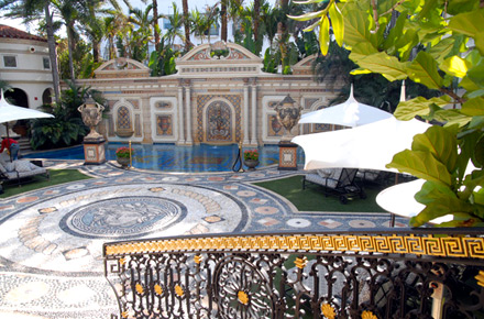 The versace mansion miami by gianni versace catwalk to for Versace mansion miami tour