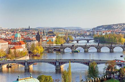 Prague the world 39 s top 10 urban beaches for Top ten prague